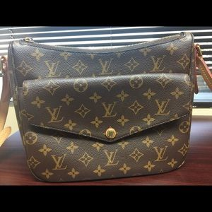 Louis Vuitton Bags - Louis Vuitton Mabillon crossbody purse bag